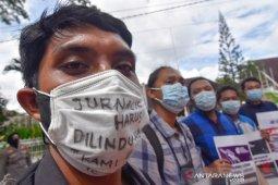 Wartawan di Mataram desak Kapolri usut kekerasan jurnalis Tempo