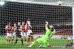 Arsenal ditahan imbang Slavia Praha 1-1 di leg pertama
