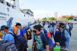 Dua kapal bertolak dari Sampit angkut warga mudik lebih awal