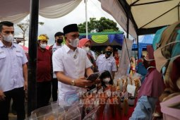 Bupati Lampung Barat buka Bazar Ramadhan Pedagang Mandiri