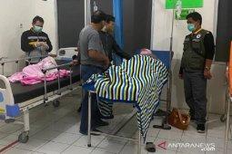 Usai minum es cendol, puluhan warga Jampangtengah Sukabumi alami keracunan