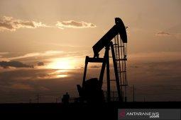 Harga minyak naik, Brent tembus 72 dolar