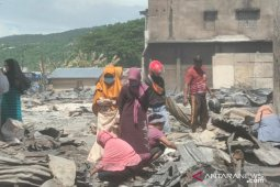 Pemkab Bangai  mulai mendata pedagang korban kebakaran Pasar Simpong