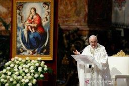 Paus Fransiskus revisi hukum gereja, perluas aturan tentang pelecehan seksual