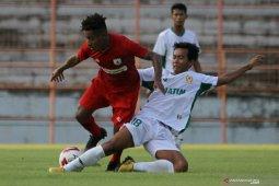 Penyerang Joshua Isir tak berencana bela klub lain di Indonesia selain Persipura