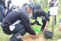 Gubernur Sulbar ajak masyarakat jaga keseimbangan alam saat kelola lingkungan