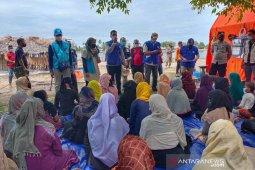 Puluhan imigran Rohingnya di Pulau Idaman segera direlokasi thumbnail
