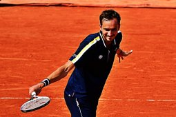 French Open - Medvedev belum terhentikan hingga perempat final Roland Garros