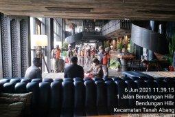 Gelar life music, kafe di Apartemen Sudirman ditutup