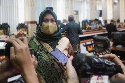 Polres Metro Lampung beserta keluarga besar Polri terapkan vaksinasi massal
