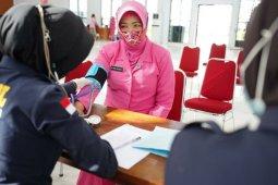 Bhayangkari Daerah Sulbar sumbang 30 kantong darah ke PMI