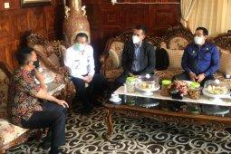 Pejabat Imigrasi Sulsel temui Bupati Selayar terkait unit pelayanan keimigrasian
