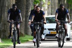 Timnas Belanda tidak akan ikut-ikutan berlutut di laga pembuka