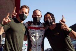 Sean Gelaell dan kawan-kawan awali balap ketahanan Portugal dari posisi terdepan