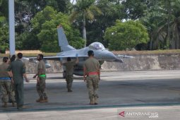Enam pesawat tempur F-16 milik AS latihan bersama di Pekanbaru