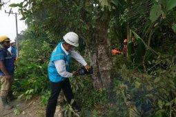 Pastikan listrik lancar hingga pelosok, Ini yang dilakukan GM PLN Aceh, thumbnail