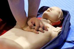 Ini cara menolong orang kena serangan jantung