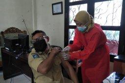 815 guru di Mataram belum divaksin COVID-19