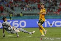 Euro 2020, Wales jejakkan satu kaki di 16 besar usai bekap Turki 2-0 thumbnail