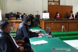 Edy Rahmat mengakui uang suap Nurdin Abdullah Rp2,5 miliar diserahkan di Taman Macan