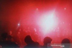Ribuan bonek ikut rayakan HUT KE-94 Persebaya di jalan thumbnail