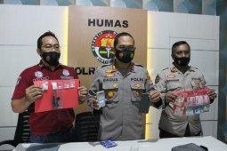 Polres Lombok Barat menangkap sopir taksi edarkan narkoba ke mahasiswa