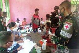Satgas TNI beri layanan kesehatan warga perbatasan thumbnail