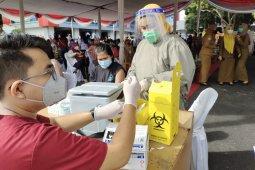 Dinkes Bandarlampung sebut vaksin COVID-19 tersisa 9.000 dosis lebih