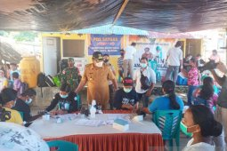 Bupati Sangihe tinjau kegiatan vaksinasi di wilayah kepulauan
