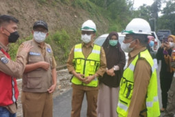 Pemprov Sulbar berupaya rampungkan jalan ke daerah terpencil di Polman