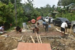 Gubernur Sulbar targetkan pembangunan jalan sepanjang 49 kilometer di wilayah pelosok