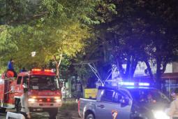 Batasi mobilitas warga, akses sejumlah jalan di Yogyakarta disekat
