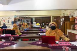 Yogyakarta menyiapkan modul pedoman pembelajaran jarak jauh