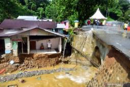 Pemprov Maluku tetapkan status darurat bencana di empat daerah, begini penjelasannya