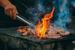 Batasi asupan daging kurban demi mencegah diserang kolesterol jahat
