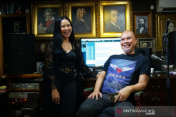 """Ahmad Dhani gandeng Yura Yunita rilis ulang """"Kangen"""" dan """"Risalah Hati"""""""