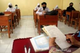 Pembelajaran tatap muka di Ambon tunggu kebijakan Wali Kota, patuhi Prokes