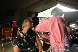 Lantamal IX / Ambon intensif gencarkan vaksinasi untuk nelayan, perangi corona