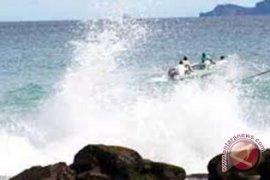Gelombang laut di bengkulu dua meter