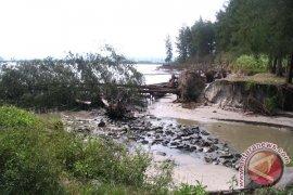 Rehabilitasi pantai Mukomuko tunggu survei KKP
