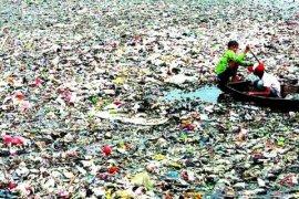 BSN Miliki Kewenangan Sertifikasi Kantong Plastik