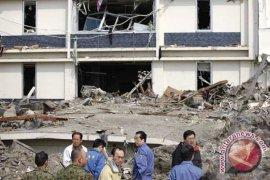 Gempa Jepang tewaskan setidaknya sembilan orang, reaktor nuklir aman