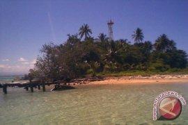 Kapal batu bara masih sandar di Pulau Tikus