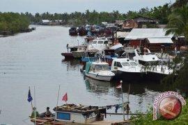 Bank Indonesia Bantu 12 Kapal Untuk Nelayan Mukomuko