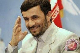 Ahmadinejad Janji Pertahankan Integritas Negaranya