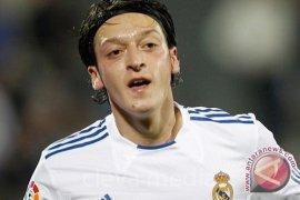 Sepatu Bintang Real Madrid Dicuri