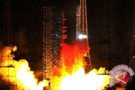 China Luncurkan Dua Satelit Navigasi