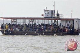 103 Orang Tewas Dalam Kecelakaan Kapal di India