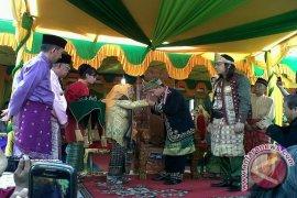 Penobatan Raja Tayan Bernilai Sejarah