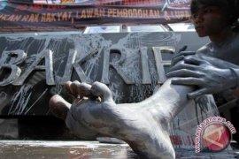 Aktivis Lingkungan Dirikan Monumen Lumpur Lapindo